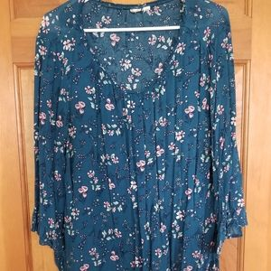 Floral GAP blouse